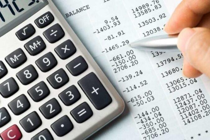 حذف مالیات کارتهای بازرگانی و پیله وری غیر قانونی است
