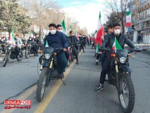 راهپیمایی باشکوه خودرویی و موتوری ۲۲ بهمن در ارومیه