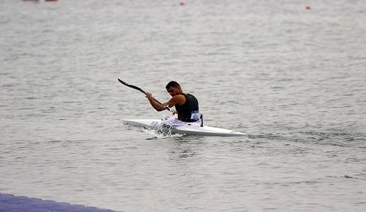 قایقران مهابادی برای حضور در رقابتهای انتخابی المپیک عازم عمان شد