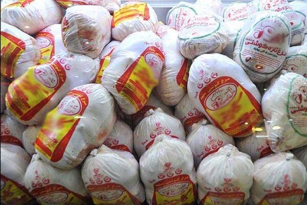 فروش مرغ خارج از قیمت مصوب بازار غیر قانونی است