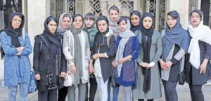 دانشآموزان «شینآباد» پیرانشهر استخدام می شوند