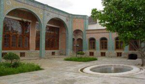 انتقاد وزیر میراث فرهنگی از فروش مدرسه هدایت ارومیه