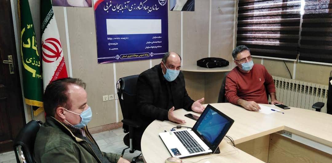 ساماندهی نحوه خرید و فروش مرغ زنده در کشتارگاه های طیور آذربایجان غربی