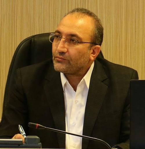 استفاده از آسفالت سرد کیسه ای در محورهای شریانی آذربایجان غربی
